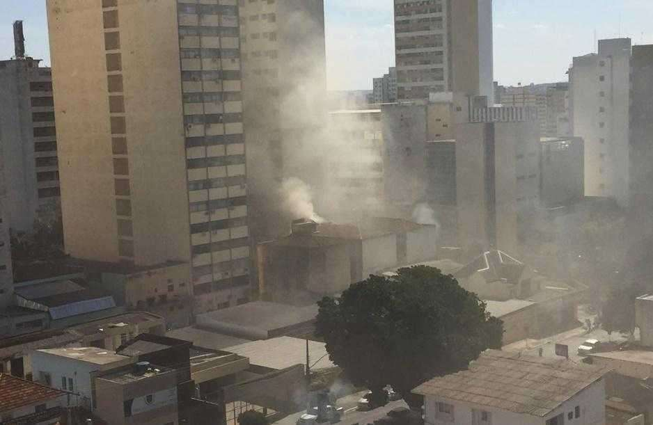 Apartamento pega fogo no Centro de Goiânia