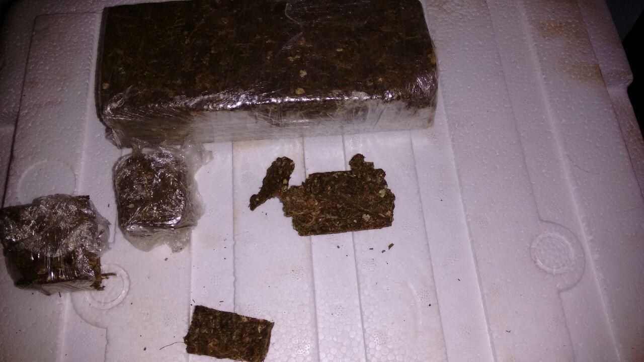 Rapaz é preso em Trindade enquanto ia buscar drogas em Goiânia