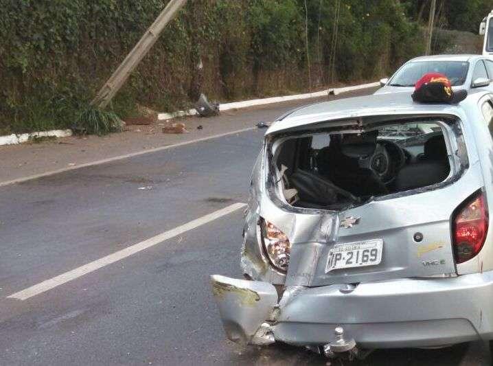 Acidente deixa trânsito lento na marginal Botafogo