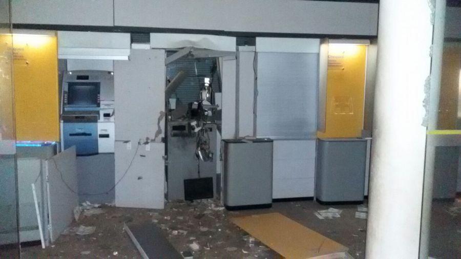 Ladrões explodem caixa eletrônico em agência do Banco do Brasil em Planaltina de Goiás