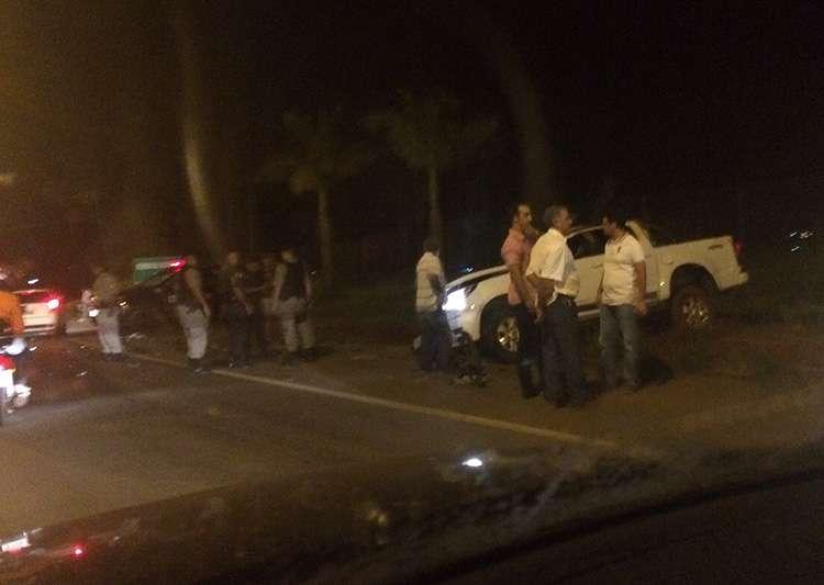 Bandidos roubam caminhonete em Inhumas e são presos na GO-070 após se envolverem em acidente