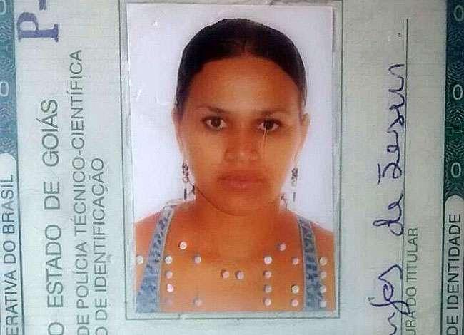Mulher é morta a tiros na porta de sua casa no Parque Santa Rita