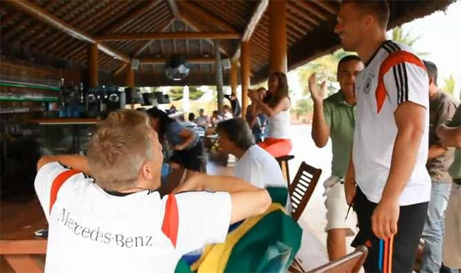 Jogadores da Alemanha vibram com classificação do Brasil