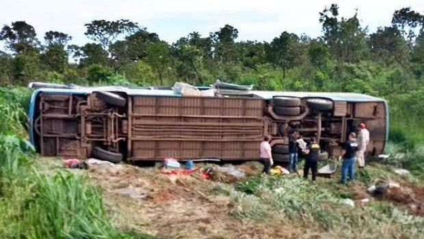 MT: acidente de ônibus na BR-070 mata 11 e deixa 23 feridos