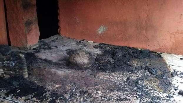 Casa de torcedora gremista que xingou Aranha é incendiada em Porto Alegre