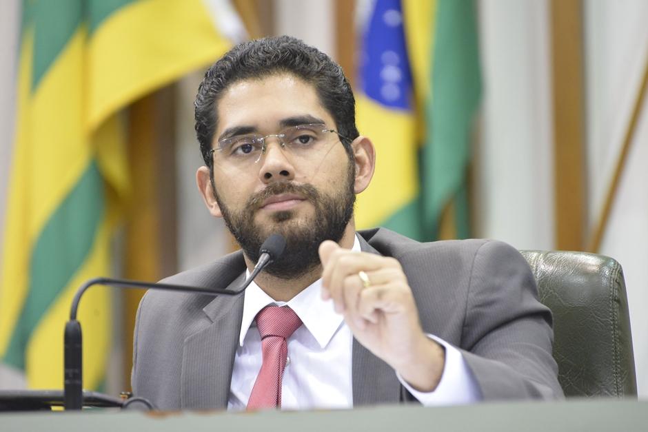 Projeto que prevê a criação de cadastro de pedófilos em Goiás é aprovado em plenário