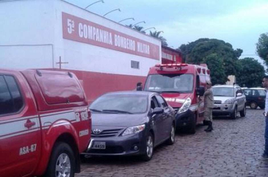 Carreata mobiliza moradores de Goiatuba contra o Aedes