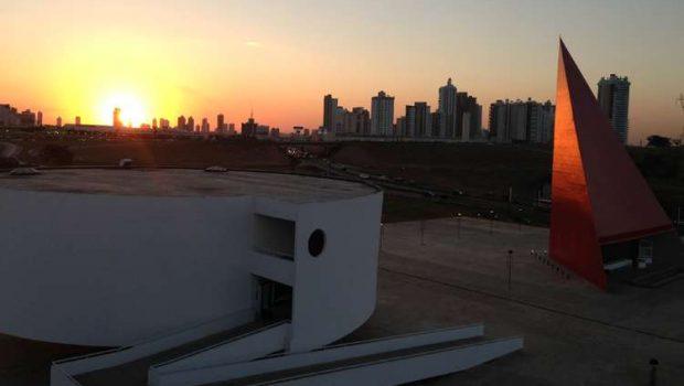 MAC prepara exposição Arte Brasileira