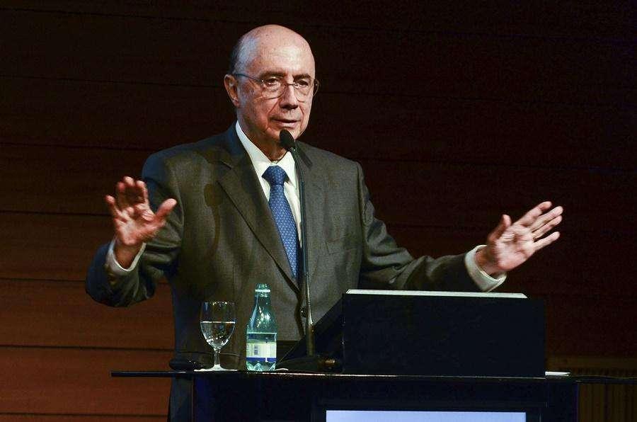 Meirelles diz que governo pode fazer privatizações