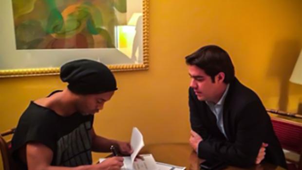 Ronaldinho Gaúcho acerta com o Querétaro, do México