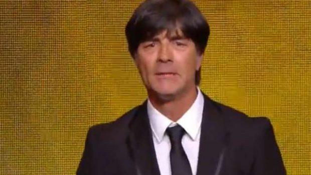 Fifa homenageia jornal francês e premia Löw como melhor treinador