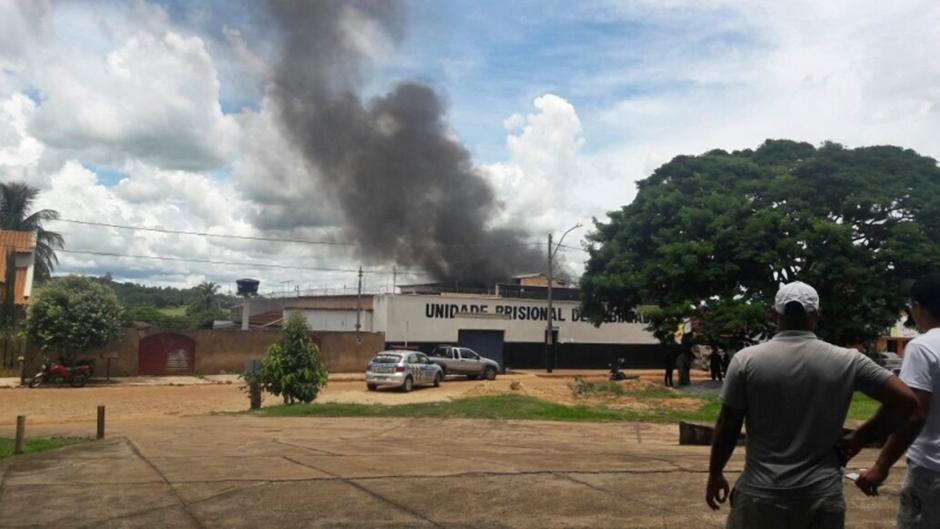 Detentos iniciam rebelião em presídio de Rubiataba