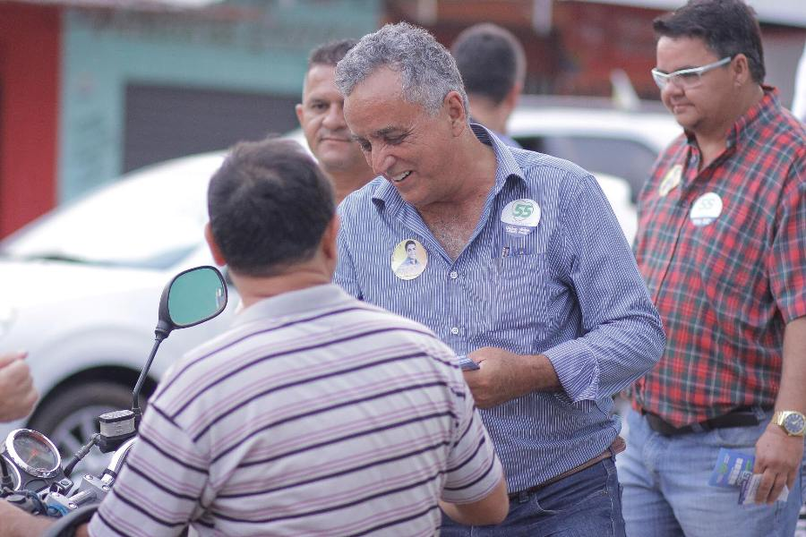 Divino Lemes tem queda na margem de erro, mas mantém liderança em Senador Canedo