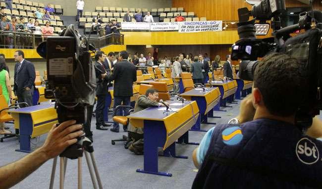 Câmara aprova reajuste do IPTU após 2ª e última votação em Goiânia
