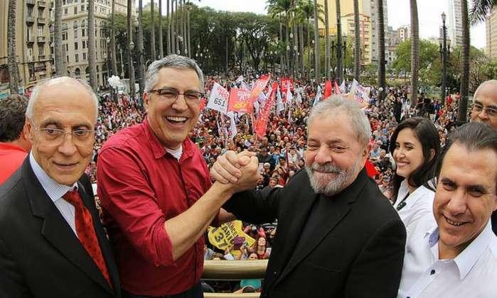 Derrota histórica em São Paulo põe petistas no divã