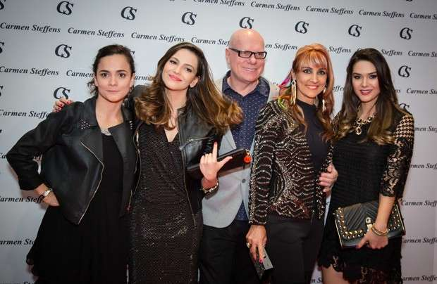 Carmen Steffens inaugura nova loja em Las Vegas com presença de famosos