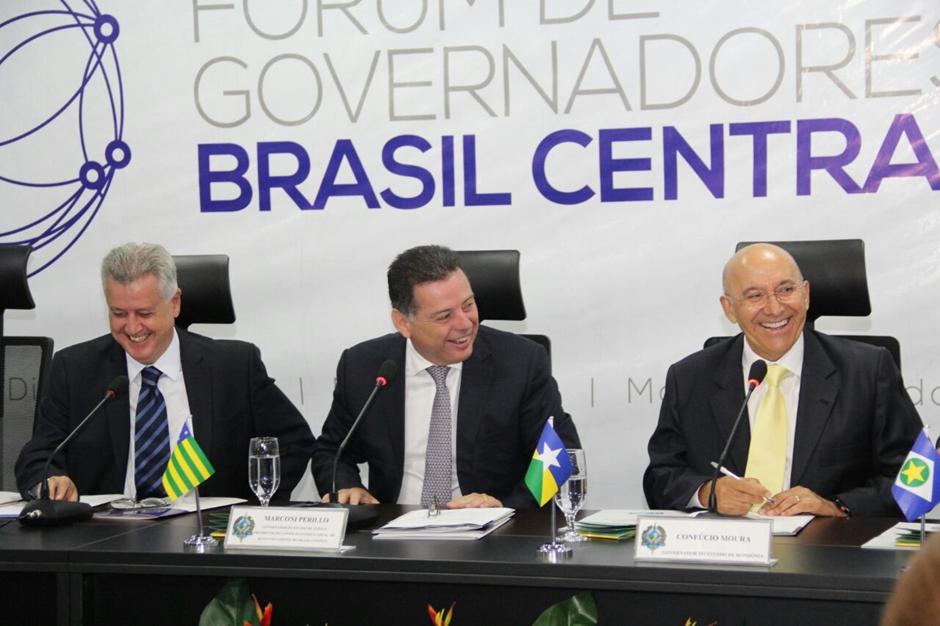 Marconi é reeleito presidente do Fórum Brasil Central