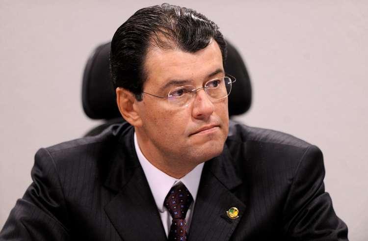 Governo não vai prorrogar o horário de verão, diz Eduardo Braga