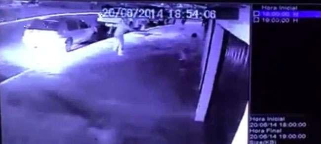 Homem é morto a tiros na porta de distribuidora de bebidas em Aparecida