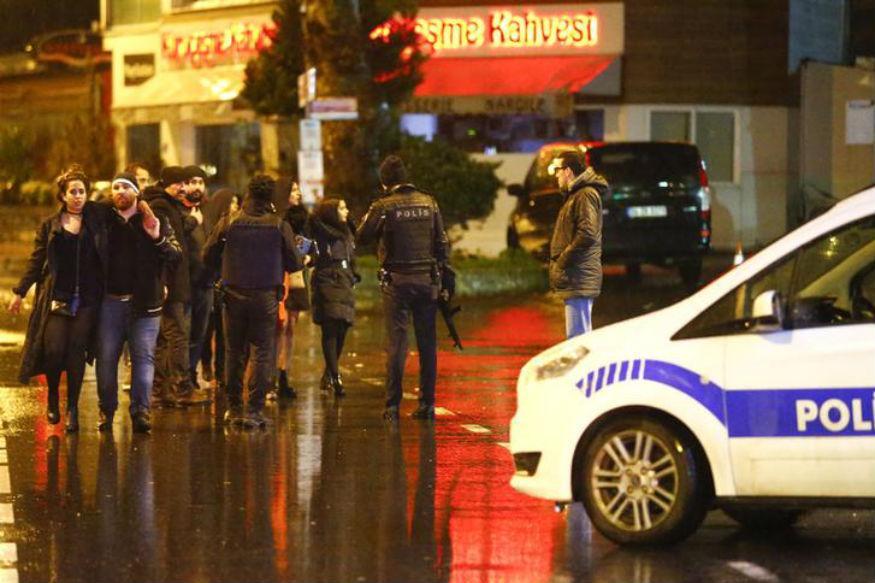 Estado Islâmico assume responsabilidade pelo ataque a boate na Turquia