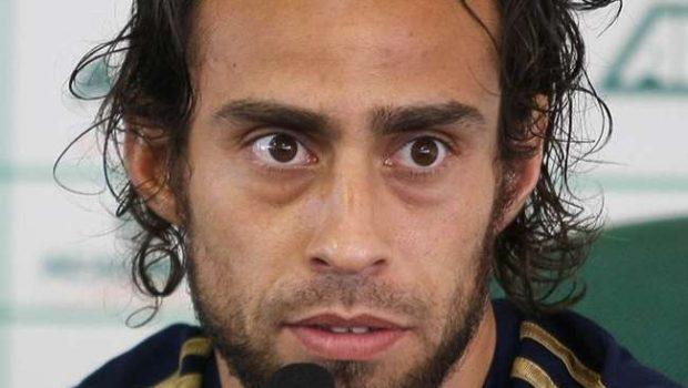 Valdivia evolui e deve reforçar Palmeiras no domingo