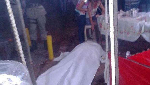 Homem é morto a tiros no meio da feira do Novo Horizonte