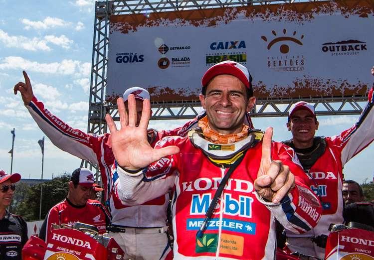 Jean Azevedo fatura o hexa nas motos do Rally dos Sertões
