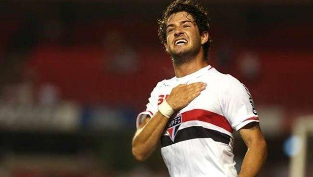 Titular, Pato quer aproveitar chance no São Paulo e convencer Muricy