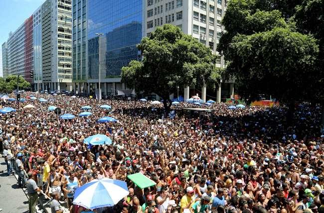 Monobloco faz saideira do carnaval carioca