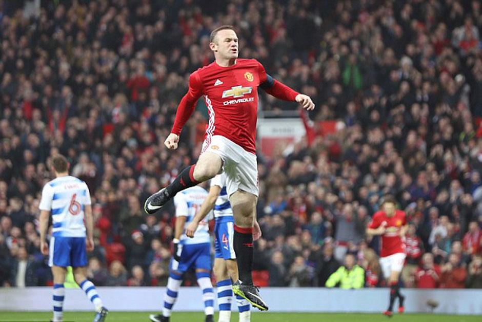 Rooney se diz 'honrado e orgulhoso' após virar o maior artilheiro do Manchester