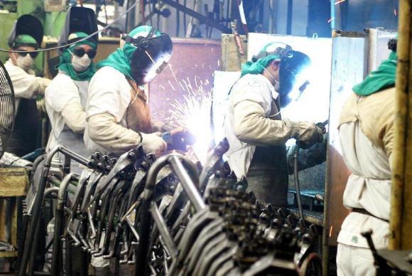 Volta dos investimentos depende de um estímulo claro na economia diz FGV
