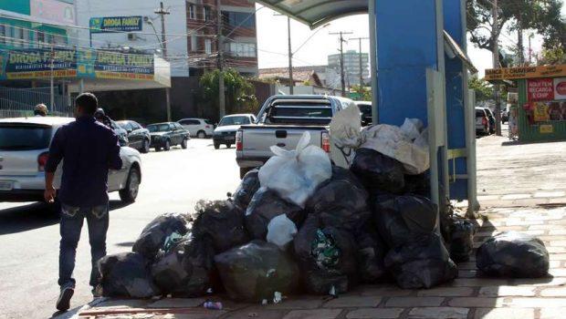 Comurg promete normalização da coleta de lixo a partir de segunda