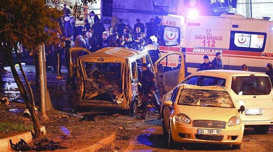 Explosão deixa 20 feridos ao redor de estádio em Istambul