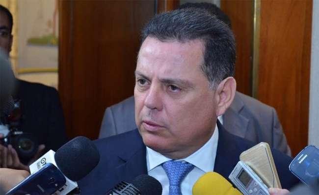 Marconi Perillo diz que PMs vão ser convocados a suprir falta do Simve