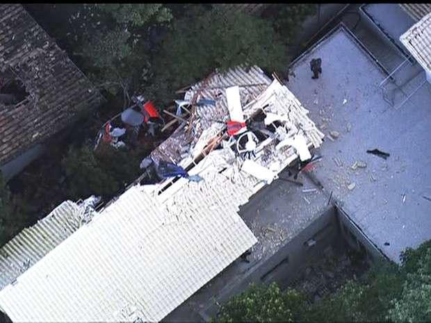 Quatro pessoas morrem em queda de helicóptero na Grande São Paulo