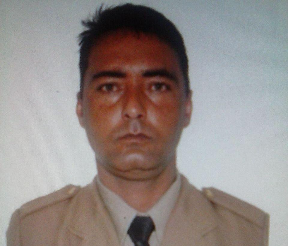 Sargento da PM morre em acidente de trânsito na BR-153, entre Santa Teresa e Porangatu