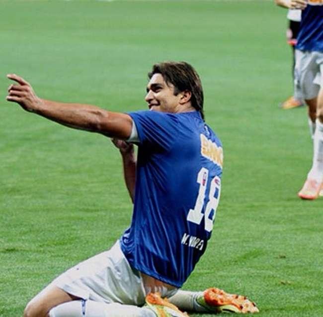 Cruzeiro bate Chapecoense de virada e mantém folga