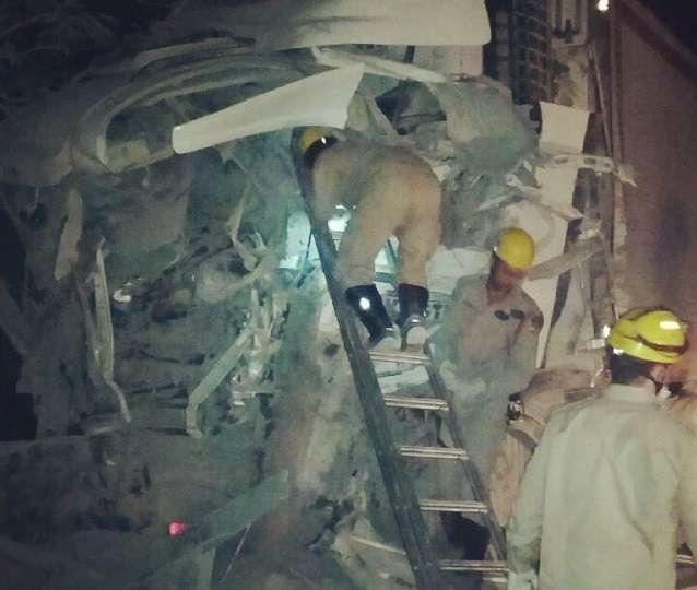 Acidente envolvendo quatro caminhões, mata um caminhoneiro e deixa a BR153 interditada