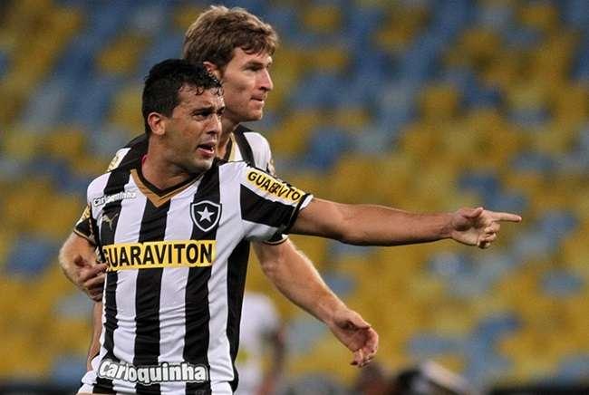 Ceará bate Botafogo no Rio e encaminha vaga às quartas
