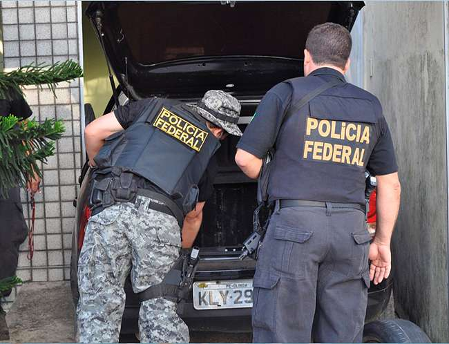 Operação desarticula quadrilha suspeita de fraudar R$ 19 bilhões da Receita