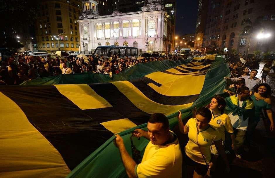 OAB discute posicionamento sobre impeachment de Dilma em sessão extraordinária