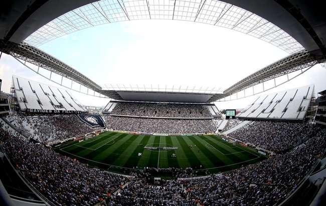 Endividado, Corinthians poderá fechar ano no vermelho
