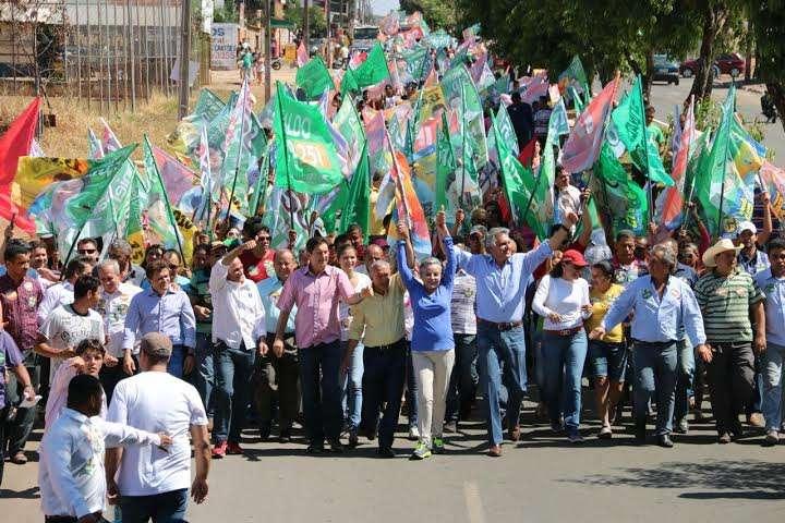 Em caminhada, Iris movimenta mais de mil pessoas em Aparecida