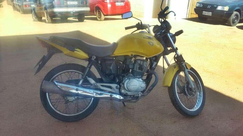 Polícia apreende motocicleta com R$ 197 mil em multas e impostos atrasados