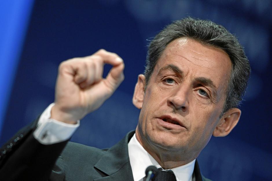 Nicolas Sarkozy anuncia que concorrerá novamente à presidência da França
