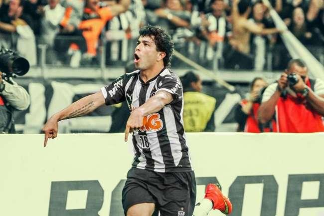 Agora centenário, Palmeiras é batido pelo Atlético-MG