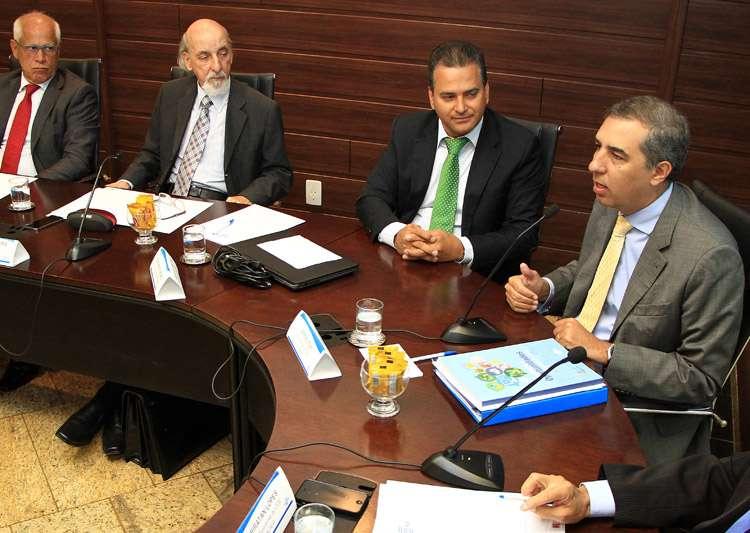 José Eliton é empossado no Conselho Deliberativo do Sebrae-GO