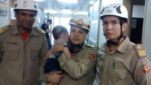 Bebê sobrevive a acidente após ser lançada a cerca de 15 metros na GO-070