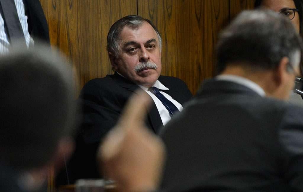 Desvio na Petrobras financiou PT, PMDB e PP, diz ex-diretor