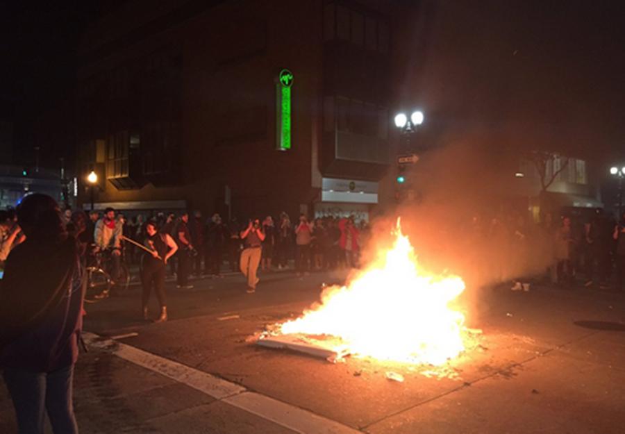 Insatisfeitos com eleição de Trump continuam a tomar as ruas em grandes cidades